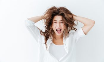 henderson salon's tips on how to fix frizzy hair green turtle salon